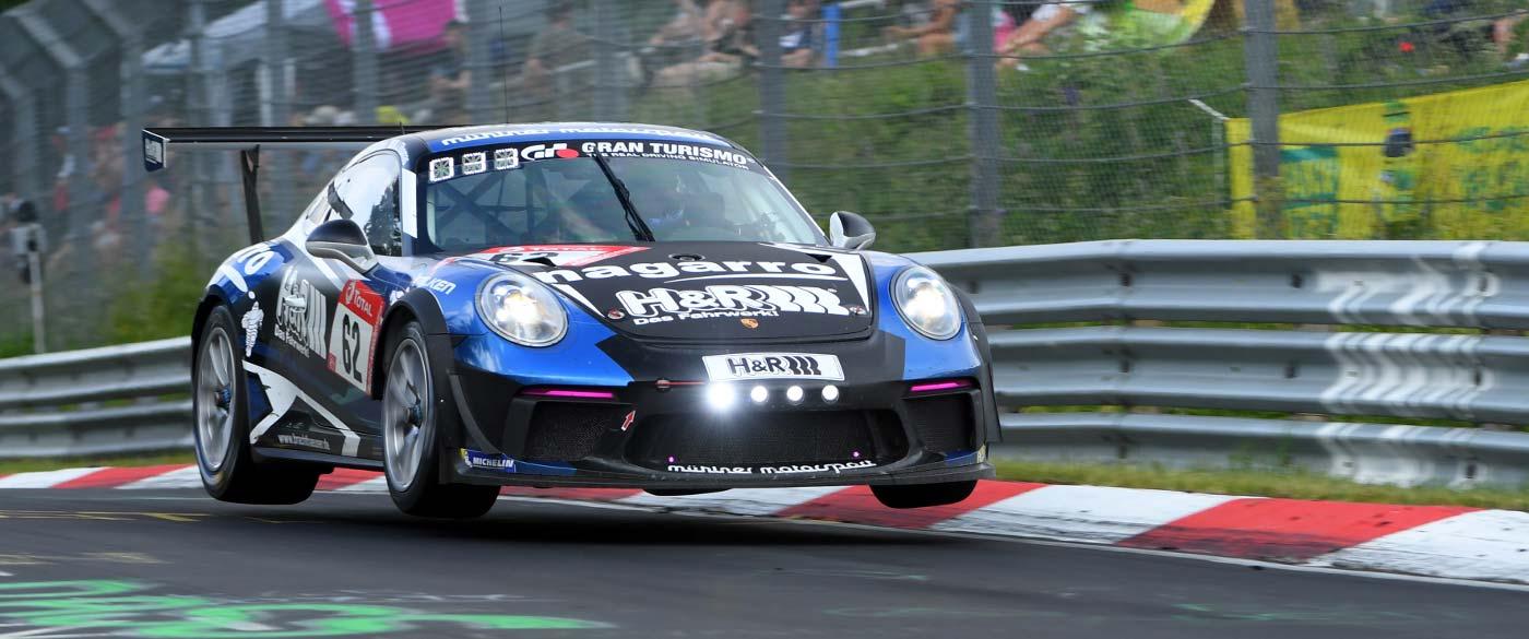Drive-Your-Dreams-Juergen-von-Gartzen-Motorsport-002